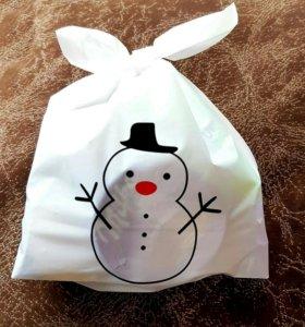 Зимний подарок Снеговичок