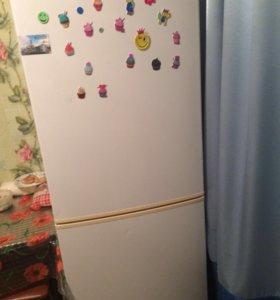 Холодильник Kelvinator