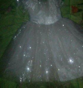 Продам платье на новый год!