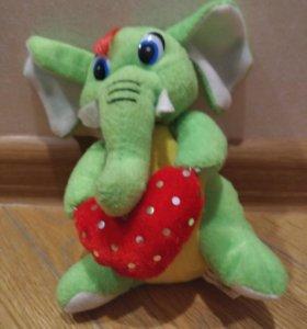 Слоник с сердечком