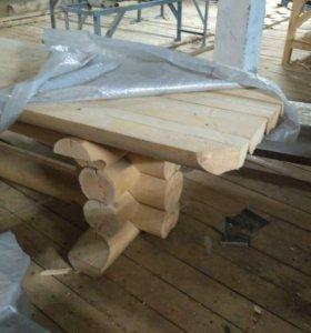 Стол и скамьи из оцелидрованого бревна