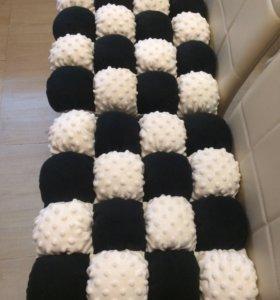 Подушки на стулья ручной работы