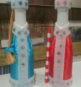 Оформление бутылки атласными лентами.