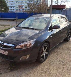 Opel Astra турбо 2010 год, 1,4  140 л/с