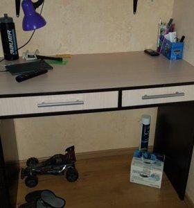 Письменный стол 55 на 105, высота 80
