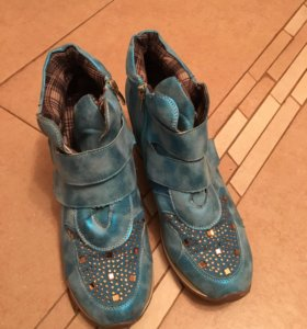 Сникерсы бирюзовые (кроссовки на платформе)