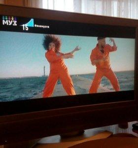 ЖК телевизор Panasonic , 81 см