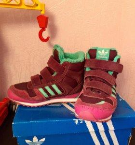 Утеплённые ботиночки Adidas