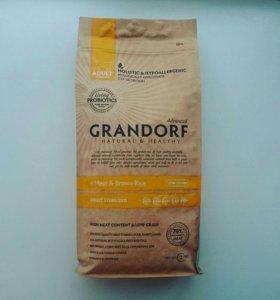 Корм Grandorf для кастрированных и стерилизованных