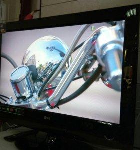 Жк тв LG(81см) со встроенным DVD плейером