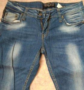 Продам новые джинсы Турция
