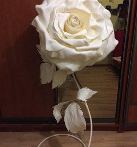 Большая роза