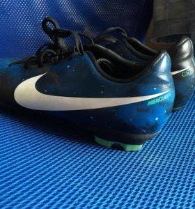 Бутсы Nike mercurial CR7 33,5