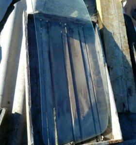 Стекло лобовое на ЗАЗ 965 горбатый