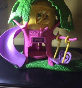 домик для маленьких игрушек