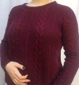 Шерстяной свитер винного цвета Subdued