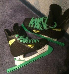 Коньки хоккейные! 38 размер