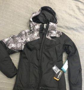 Отличная, новая куртка Icepeak