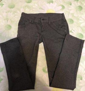 Шерстяные брюки на девочку