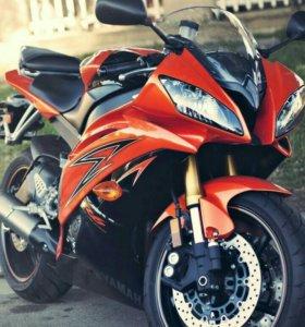 Yamaha R6 - 08