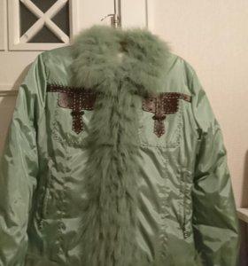 Куртка / пуховик с мехом. Мятная