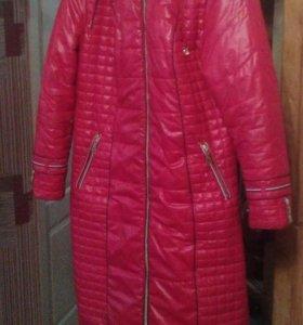 Пальто(Пуховик) женский