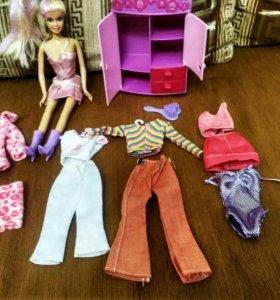 Кукла Барби с одеждой