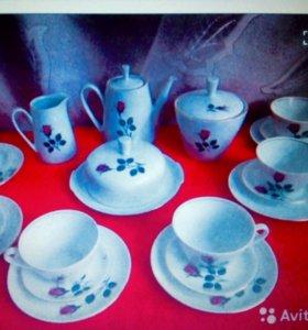 Сервиз чайный фарфоровый и тарелки Германия