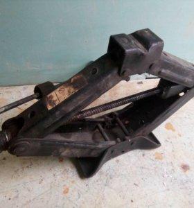 Винтовой механический домкрат (Peugeot Boxer)