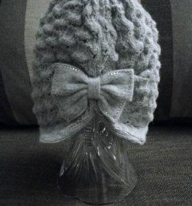 Оригинальная вязаная шапочка