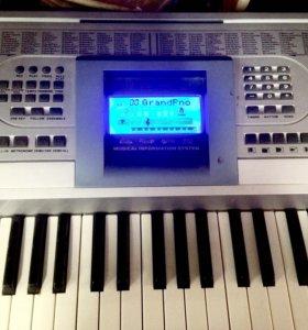 Синтезатор NOVIS NPN-920
