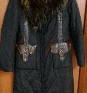 Пальто плащевое с мехом