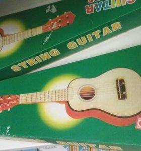 Детская настоящая гитара (новая)