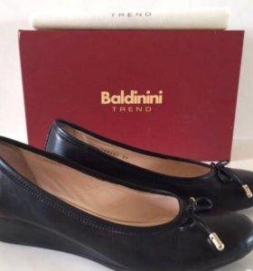 Туфли Baldinini, размер 39