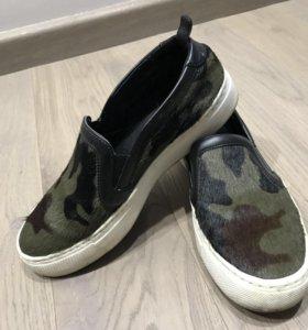 Туфли (слипоны)