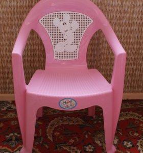 Стульчик детский розовый