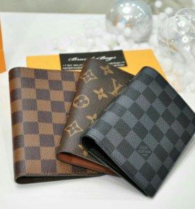 Обложки на паспорт/бумажник в фирменной упаковке