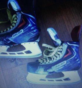 Хоккейные коньки Bauer apx2