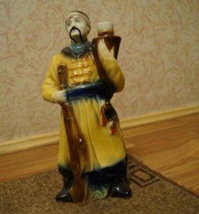 Штоф-бутылка.Фарфоровая статуэтка Казак Украина.