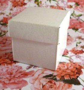 Бонбоньерка коробочка для подарка на свадьбу