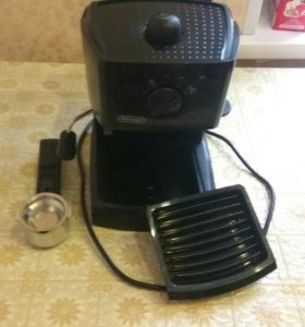 Кофеварка DeLonghiEC145