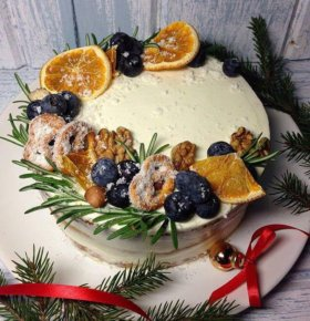 Новогодние торты, капкейки, пряники на заказ