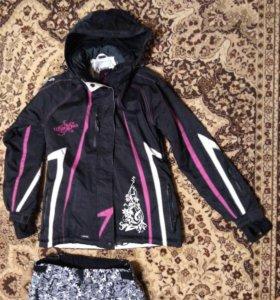 Спортивный теплый костюм: куртка и штаны