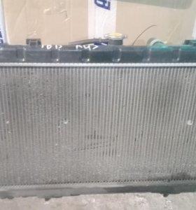 Радиатор Nissan Sunny B15, Bluebird Sylphy G10