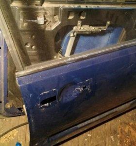 Передняя правая дверь audi 100 c3 44 кузов