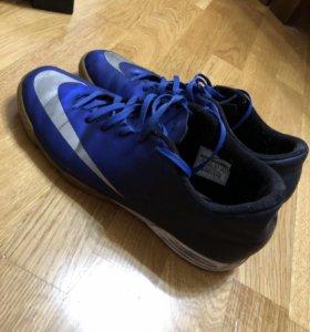 Бутсы футзалки Nike mercurial CR7