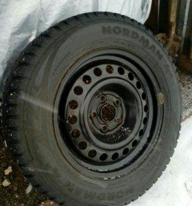 Комплект шины на дисках