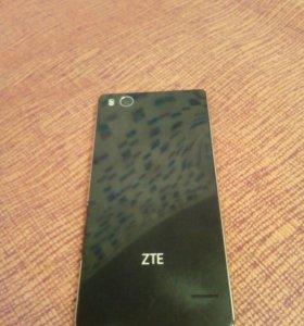 ZTE Blade A476