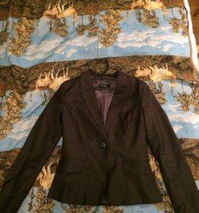 Пиджак женский Reserved размер 44-46