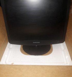 Новый монитор samsung 932b